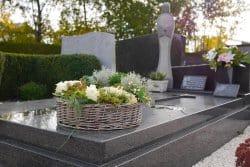 Un beau montage pour le cimetière