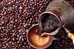 Le marc de café est-il un bon engrais ?