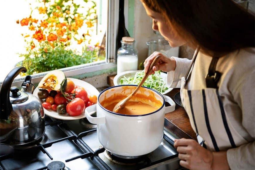 Des soupes-repas équilibrées pour vous réchauffer!